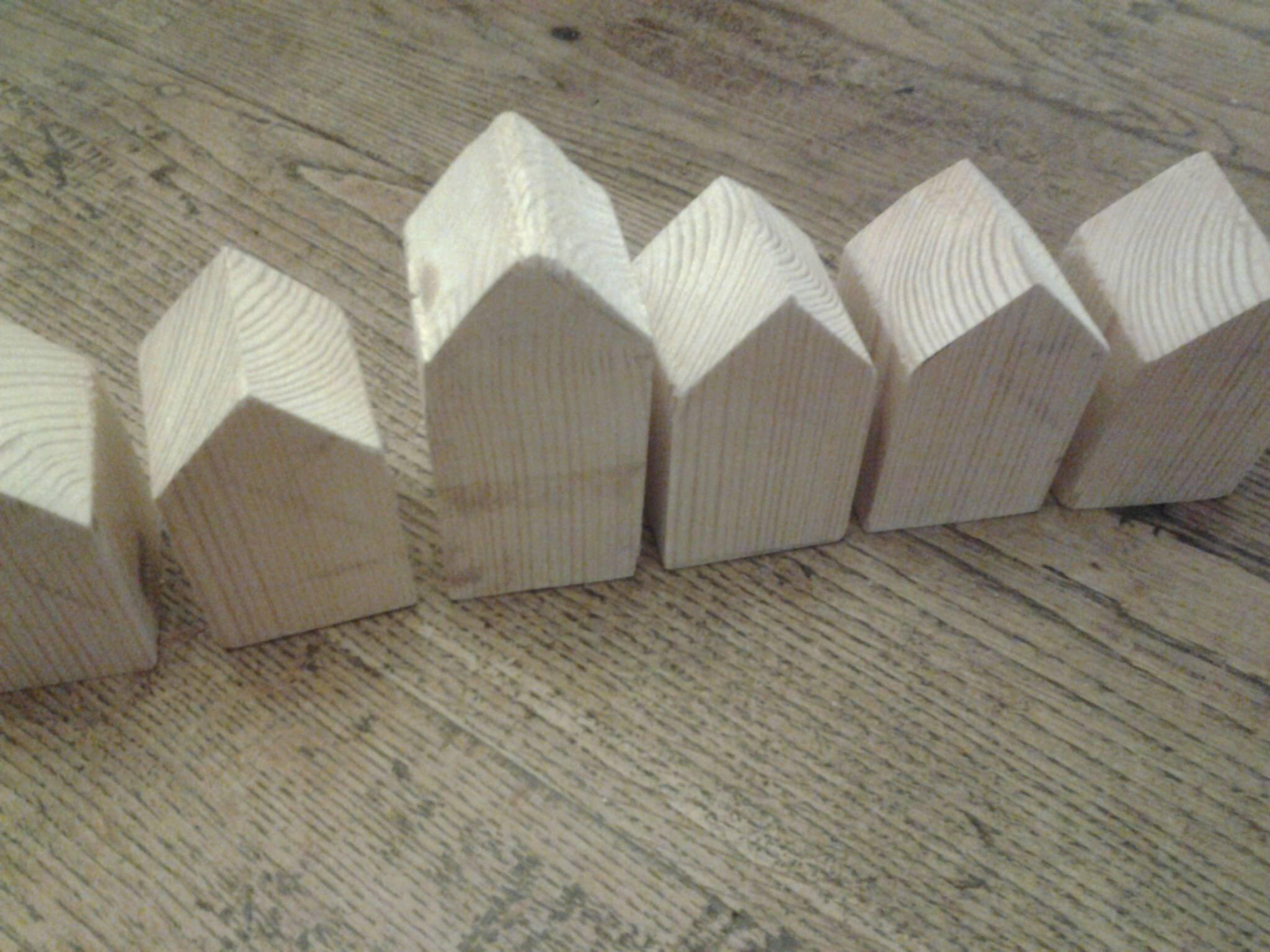 des petites maisons en bois cette fois