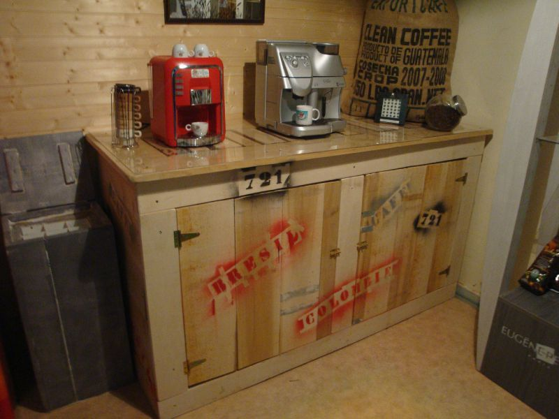 Un Nouveau Meuble Dans Le Schow Room De PMS CAFES Le