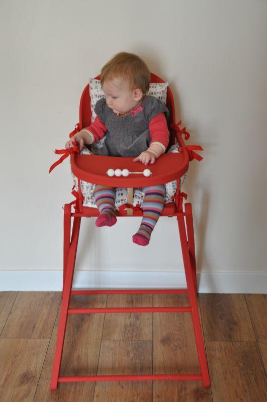 la chaise haute rouge de charlotte