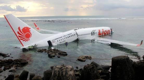 起飞不到半年后,出现了新问题波音737MAX飞机可以工作吗?  _飞机