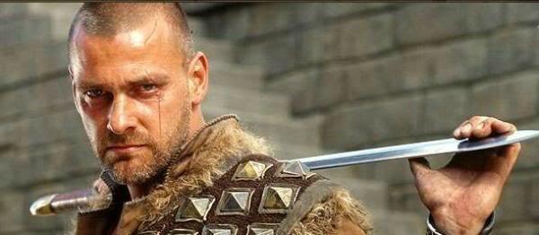 dagonet-blade-king-arthur-ray-stevenson-33545487-600-262