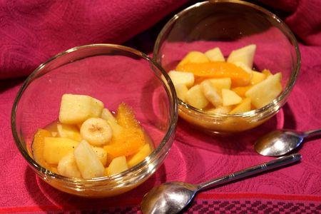 Salade De Fruits Vitamine Orange Mangue Banane Pomme