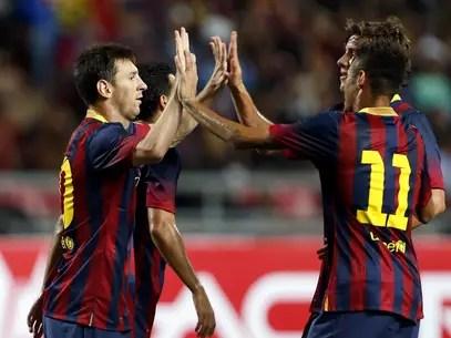 Para o treinador do Barcelona, Neymar vem evoluindo desde a goleada diante do Santos e mostrou belo futebol ao lado de Messi Foto: EFE