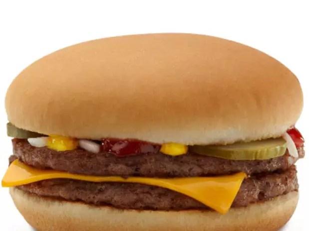 """De acordo com colunista, quem tem o objetivo único de """"encher a barriga"""" não pode se dar ao luxo de comer alimentos orgânicos Foto: Divulgação"""
