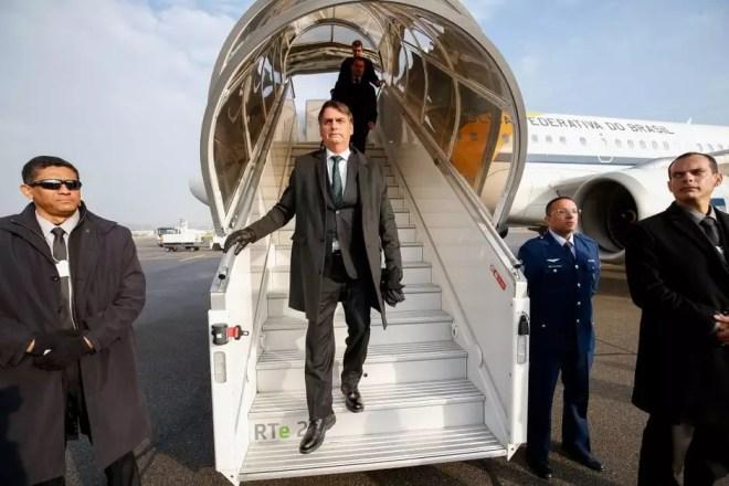 Espaço que serve como gabinete presidencial na aeronave Foto: Reprodução