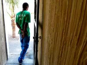 Rafael já tem uma condenação por furto, o que fez o juiz aumentar sua pena inicial de quatro anos e negar um pedido de liberdade condicional Foto: Daniel Ramalho / Terra