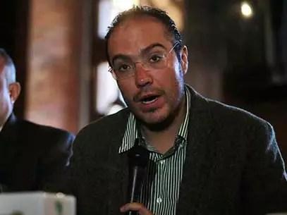 Mauricio Toledo acusa un supuesto hackeo de su BlackBerry, desde el cual se extorsionó y amenazó al abogado Rodolfo Reus. Foto: Juan Manuel Valdivia / Reforma