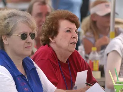 A irmã de George Harrison em evento em 2003 Foto: Getty Images