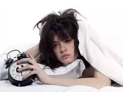 Dormir mal afeta o sistema imunológico o que dá espaço para a doença agir de forma mais agreesiva Foto: Getty Images