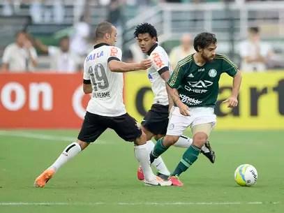 Corinthians e Palmeiras fizeram clássico equilibrado no Pacaembu Foto: Ricardo Matsukawa / Terra