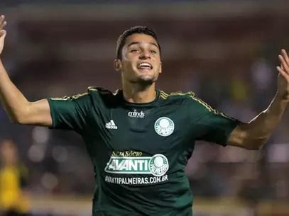 Jovem Miguel fez o segundo gol palmeirense Foto: Célio Messias / Gazeta Press