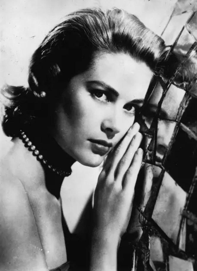 Las perlas eran de los elementos favoritos de Grace Kelly para sus accesorios.