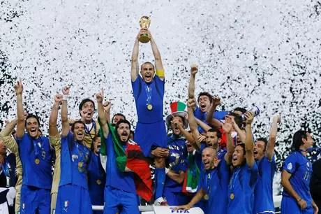 Copa do Mundo de 2006 foi vencida pela Itália