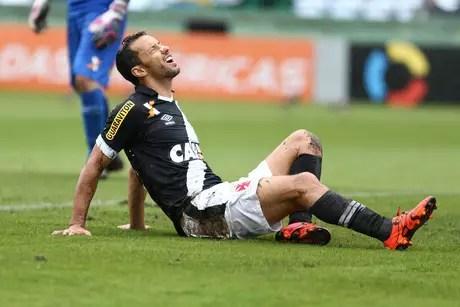 Nenê foi um dos poucos destaques do Vasco na temporada 2015