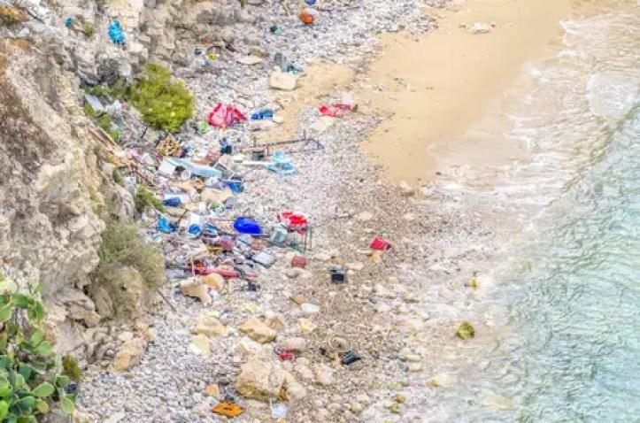 97% dos resíduos marítimos achados por pesquisadores no Mediterrâneo foram plásticos