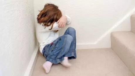 98066547c90fa945-4ec6-42b5-892f-492fd966715a Menina de 10 anos grava seu próprio estupro para que adultos acreditem em denúncia