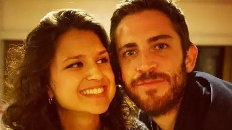 Casal começou a investir em bitcoin há um ano; ela parou a faculdade e ele deixou o emprego como eletricista