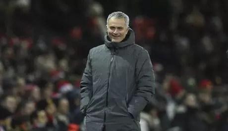 Mourinho quer continuar no Manchester United (Foto: Oli Scarff / AFP)