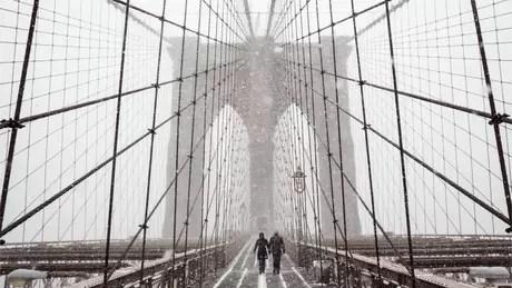 Escolas estão fechadas na cidade de Nova York com a intensa nevasca que atingiu a cidade