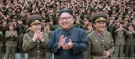 Kim Jong-un é também comandante-chefe das Forças Armadas da Coreia do Norte
