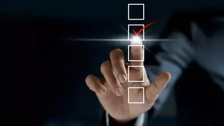 Para o professor Carlos Melo, na ausência do novo, o eleitor prefere votar branco ou nulo