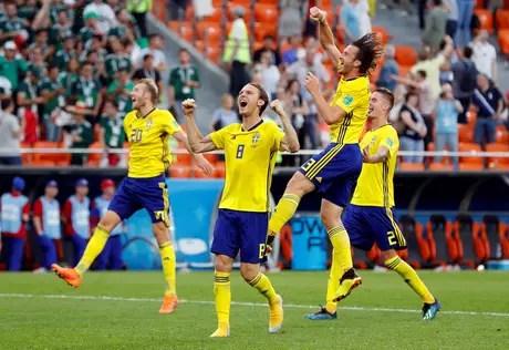 2018-06-27t160058z1020645144rc11cb222080rtrmadp3soccer-worldcup-mex-swe Veja os jogos das oitavas de final e o chaveamento da Copa