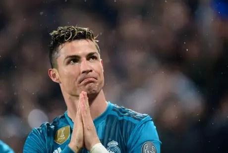 Cristiano Ronaldo foi contratado pela Juventus por 100 milhões de euros (cerca de R$ 450 milhões)