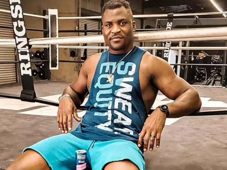 Ngannou afirmou que entende a postura de Jon Jones com o UFC ((Foto: Reprodução/Instagram/@francisngannou)