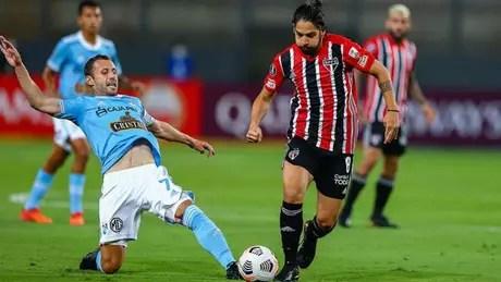 Benítez deixa o dele e ajuda o São Paulo a derrubar primeiro rival na Libertadores (Foto: Staff Images / CONMEBOL)