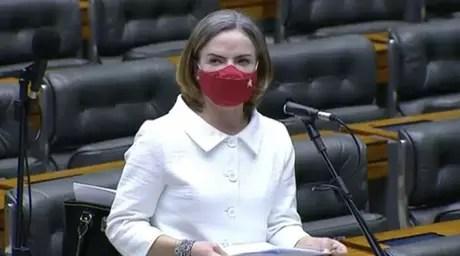 Gleisi Hoffmann em debate na Câmara dos Deputados (Reprodução / Instagram)