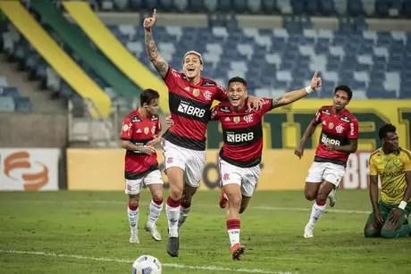 Pedro e João Gomes devem receber chance contra o Sport (Foto: Alexandre Vidal/Flamengo)