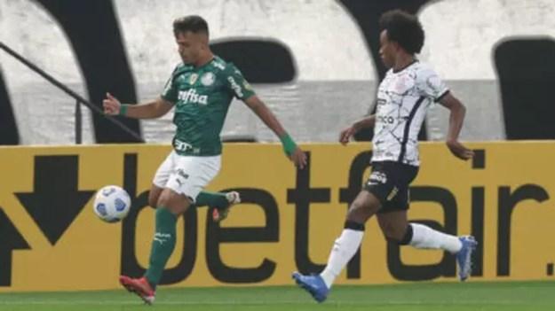 Menino marcou para o Palmeiras, mas não evitou a derrota para o Corinthians (Foto: Cesar Greco)