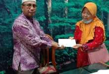 Photo of PC Madiun Menyerahkan Pinaman PEP Kepada Dua PMP