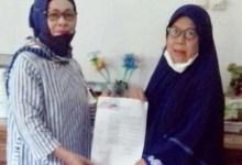 Photo of PC Madiun Serahkan SK Janda Kpd Ibu Dewi Lestari Id Alm Bp Tomin NIK 490030