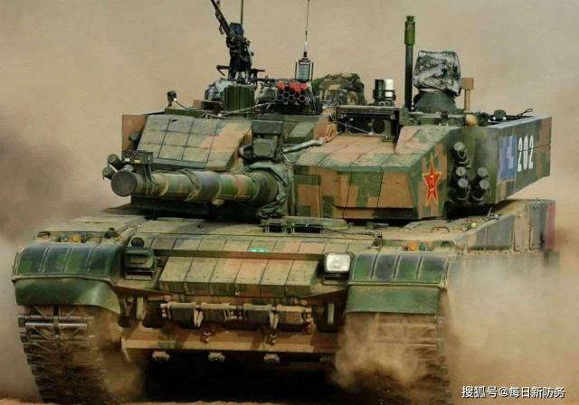 外媒密集炒作我国2021年军费预算,1.35万亿人民币,很多吗?_中国
