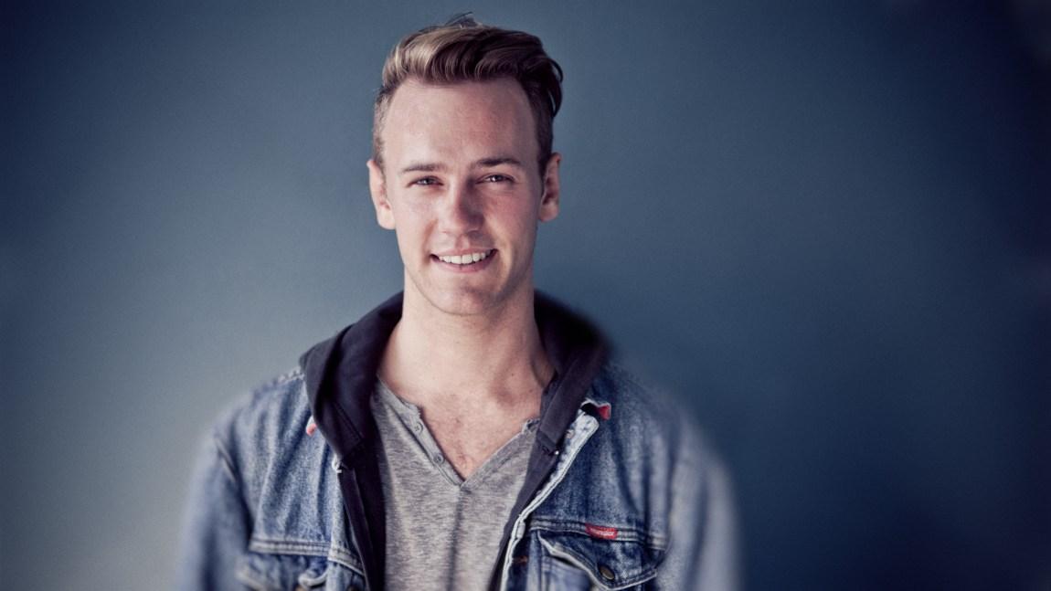 Markus Brun Hustad forelsker seg i personer, ikke kroppsdeler (Foto Kim Erlandsen,  NRK)