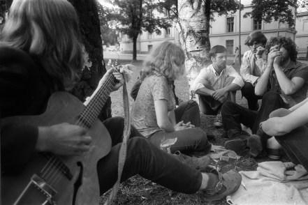 Hasjrøyking i Slottsparken. (Foto: T. Skillestad/Scanpix)
