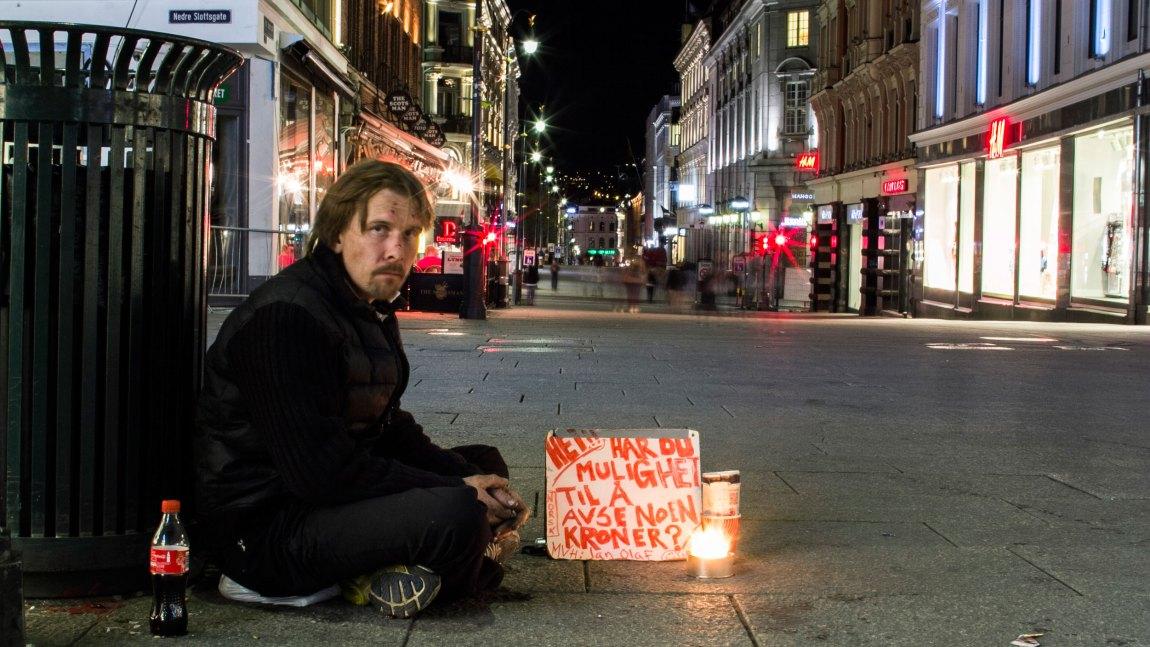 – Jeg drømmer om å kunne leve et så normalt liv som mulig, og få en egen leilighet, forteller Jan Olaf (37). (Foto: Simen Øvereng)