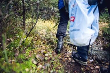 På vei opp til Trelsborg (Foto: Tom Øverlie, NRK)