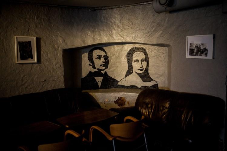 Henrik Wergeland fant kjærligheten i Oslos eldste skjenkestue. (Foto: Matias Nordahl Carlsen, NRK)