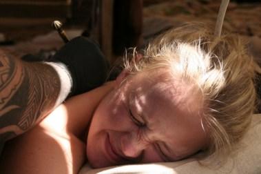 I 2012 tok Ingrid en tatovering i Danmark med solkors i mønsteret. Tattovør var Lars Martinen. (Foto: Privat)