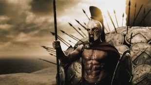 Gerard Butler som Kong Leonidas i 300 (Foto: Warner Bros. Entertainment Norge AS)