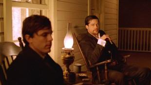 Mordet Jesse James av den feige Robert Ford (Foto: Norsk Filmdistribusjon).