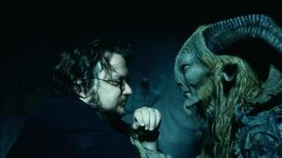 Guillermo Del Toro under innspillingen av Pans Labyrint. (Foto: Oro Film)