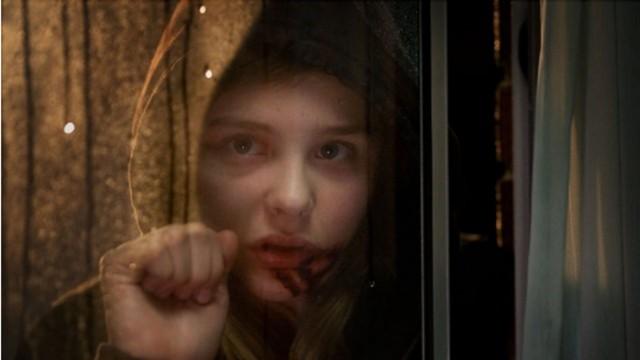 Livet som tenåring og vampyr er ikke lett. (Foto: Focus films)