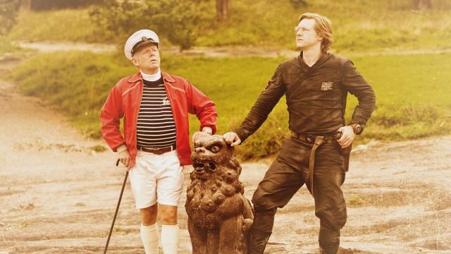Trond Viggo Torgersen og Mads Ousdal i Kommandør Treholt & Ninjatroppen bilde. (Foto: Euforia Film)