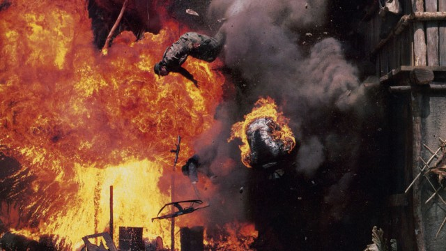 Eksplosiv action i Predator-filmene! (Foto: 20th Century Fox)