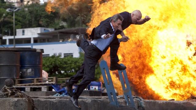 Eric Robert og Steve Austin til værs i The Expendables. (Foto: Euforia Film)