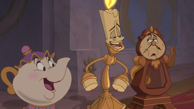 Ms. Potts, Lumiere og Clocksworth i Skjønnheten og udyret. (Foto: Walt Disney Studios Home Entertainment)