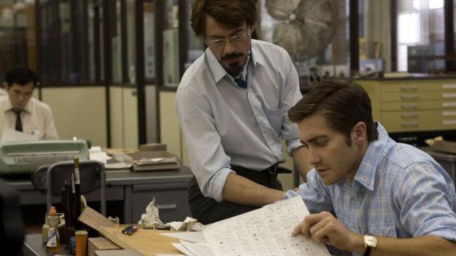 Jake Gyllenhall og Robert Downey Jr. i Zodiac. (Foto: Paramount Pictures)